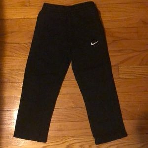 Black Nike sweatpants